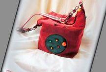 Kockatáska - Judy Majoros / Újrafelhasznált alapanyagokból kézzel készült egyedi táska. megtekinthető még:  a www.facebook.com/judymajorosdesign oldalakon. Köszönöm az érdeklődést! :) Handmade by Judy Majoros - Claret corduroy cube bag. Beaded handbag-shoulder bag. Recycled bag. Claret-orange-turquoise-black