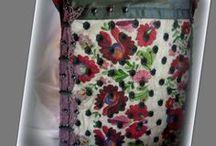Pöttyös hímzett táska - Judy Majoros / Újrafelhasznált alapanyagokból kézzel készült egyedi táska. Megtekinthető a www.facebook.com/judymajorosdesign oldalon. Köszönöm az érdeklődést! :) Handmade by Judy Majoros - Kalocsai Embroidery - Hungarian polka dots crossbody bag-shoulder bag. Recycled bag. Polka dots tulle-black textile leather.beaded.