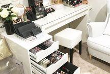 Inspiration: Makeup Tables