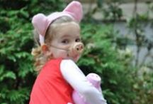 Peppa Dress Up! / Is there anything more cute than little piggies dressed up as, well... Little piggies? :)