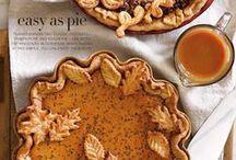 Pies / Galettes / Buttrige Mürbeteig-Kruste, gefüllt mit Früchten oder Creme und dekorativ mit Ausstech-Formen belegt: Pies und Galettes sind immer eine gute Wahl.