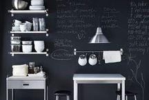 Küche / Kitchen / Die schönsten Küchen im skandinavischen Stil, mit offenen Regalen, Subway Tiles und großen Kücheninseln...