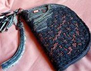 Csipkés farmer pénztárca-clutch - Judy Majoros / Újrafelhasznált alapanyagokból kézzel készített egyedi táska. megtekinthető még a www.facebook.com/judymajorosdesign oldalon. Köszönöm az érdeklődést! :) Handmade by Judy Majoros - Denim  lace-fringe wallet-clutch with beaded-leather fringe. Recycled wallet-bag.