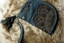 Barna csipkés pénztárca-clutch - Judy Majoros / Újrafelhasznált alapanyagokból kézzel készített egyedi táska. megtekinthető még a www.facebook.com/judymajorosdesign oldalon. Köszönöm az érdeklődést! :) Handmade by Judy Majoros - Denim chrochet wallet-clutch with leather fringe. Recycled wallet-bag.