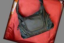 Fekete táska bohém stílusban -Judy Majoros / Újrafelhasznált alapanyagokból kézzel készített egyedi táska. megtekinthető még a www.facebook.com/judymajorosdesign oldalon. Köszönöm az érdeklődést! :) Handmade by Judy Majoros -Black hobo bag-Recycled bag.