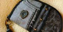 """""""Csupaszív"""" pénztárca-clutch - Judy Majoros / Újrafelhasznált alapanyagokból kézzel készített egyedi táska. megtekinthető még a www.facebook.com/judymajorosdesign oldalon. Köszönöm az érdeklődést! :) Handmade by Judy Majoros - Fringe wallet-clutch with heart-shaped decorations, and leather fringe. Recycled wallet-bag"""