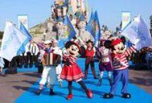 En güzel karne hediyesi Disneyland / Eğlence büyüsünün tüm ailenizi saracağı tatil önerimizin durağı Disneyland Paris…
