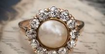 Dreamy Vintage Pearl Jewellery / Lovely and lustrous Pearl jewellery..