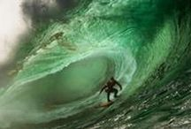 Big Wave Surfing, Mullaghmore / Big Wave Surfing in Mullaghmore, County Sligo