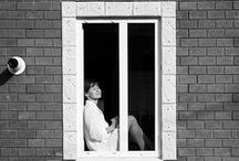 Окна: фотоидеи / На этой доске собраны идеи фотосъемок с окнами и через стекло. Вдохновляйтесь!!! Это очень интересная тема.  Все фотографии взяты с сайта фотошколы www.photohappy.ru