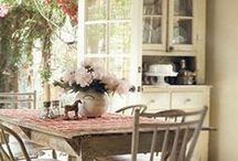 Kitchen Fancies / I love open shelves and lots of natural light in a kitchen. / by Gigi Thibodeau