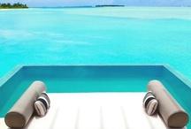 Les plus belles piscines / Atout indéniable de toute propriété, les piscines nous font rêver ! Pour se prélasser, se rafraîchir, s'amuser ou faire un peu de sport, les piscines sont les bienvenues en vacances !