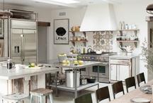 Cuisines de charme / Tous les fins gourmets y passent des heures, la cuisine est une pièce maitresse de la  maison. Découvrez notre sélection de cuisines de charme...