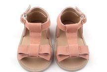 Sadie Baby / Baby shoes from Sadie Baby, baby clothes, baby accessories, baby flatlays and inspiration