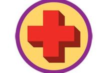 Junior First Aid Badge -- Junior Girl Scout Badge Ideas / Requirements for Junior Badge First Aid 1. Learn the first steps to take in an emergency 2. Talk to first responders 3. Make a portable first aid kit 4. Find out how to handle urgent first aid issues 5. Know how to take care of someone who's sick / by Junior Girl Scout Badges