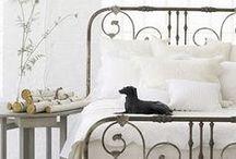 Iron Beds - Inspiration / Bedroom + Living Room Inspiration