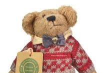 Boyds Bears / Boyds bears have been making people smile for over 30 years!