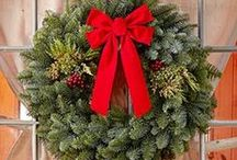 Group Delivery Case Items / Sherwood Forest Farms has been help non-profit groups reach their goals for more than 60 years! Take a look at some of our wreaths and evergreens that we offer!