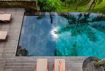 Pools / Piscinas
