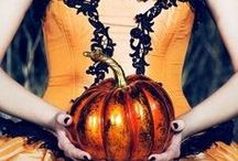 Best Halloween Wedding Music / A variety of music for your special day, whether inspired by a beautiful Autumn day … or Vampires, Zombies, and Fairies.