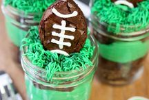 Sports Birthday Party Ideas / Ideas for a general sports birthday or a specific sports theme - football, baseball, soccer and more! Sports party ideas, favor tags, food, printables, decor, and invitations for a sports themed party.