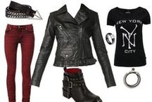 Rock Attitude / Black, leather, nails, chains, biker shoes, jeans ... for a rock'n roll look !