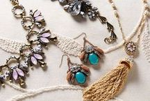 Bold Baubles / Chic statement pieces  / by Joss and Main