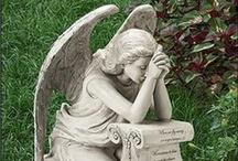 Angels / by Sandra van 't Oor
