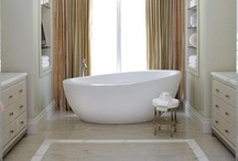 Gorgeous TUBS TUBS TUBS!!! / DIY | Home blogger, Astral Riles provides a compilation of stunning bathtubs.  www.astralriles.com