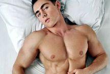 Boys in bed / Hot boys in bed