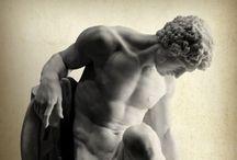 Ancients / Ancient Roman/ Greek Statues Gladiators Artifacts