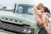 Palm Trees, Pallets and a Pick-up Truck! / Photographing Couples on Location