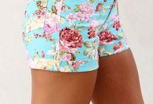 My Dream Closet / I love flexible fabrics, bold prints and gold accessories. Embrace femininity.