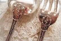 SILVER/Glass = STUNNING ! / by The Victorian Cow