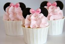 Cupcakes / by Jennifer Kleitsch