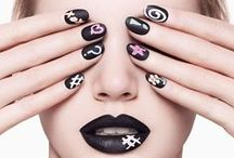 Nail the Grunge / Nail art inspirations to complete your get up for any occasion