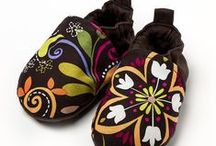 Liliputi® Babywearing Booties & Shoes / Perfect accessory for baby carrying from autumn to spring, Soft baby boots with warm micro- polar lining Water- repellent, windproof surface, Rubber strings at the ankles to provide adjustability, A colour range to match Liliputi Mama Coats