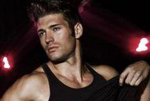 Beautiful Men / Gorgeous men, actors, models...potential male characters for book reviews