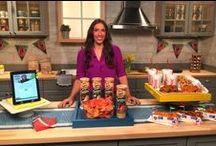 The Big Game Entertaining Ideas 2015 / With the Big Game right around the corner, planning the perfect viewing party or sporting get together doesn't have to be a chore. Justine Santaniello, Lifestyle and Trends expert, partnered with the following brands to share some tips for fun and time-saving entertaining for the Big Game! Justine featured everything from eco-friendly party planning to creating fun snacks for your guests that will help guarantee a stress-free football celebration!