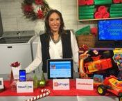 Holiday Shopping with Justine Santaniello / With the holiday shopping season about to hit full swing, Lifestyle Expert Justine Santaniello partnered with some of her favorite brands to showcase her top shopping ideas and tips to get you started this holiday!