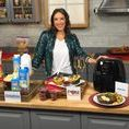 Holiday Entertaining Ideas with Justine Santaniello / With Thanksgiving right around the corner, the arrival of friends and family, plus all of the holiday parties, you need to be prepared.
