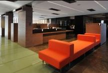 Reception Desks / Welcome your customers in style
