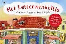Het Letterwinkeltje / Allerlei leuke ideeën rondom het boek Het Letterwinkeltje van Marianne Busser en Ron Schröder. Je vind hier onder andere knutselwerkjes, werkboekjes en inspiratie voor de inrichting.