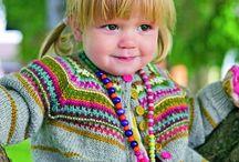 Barnestrikk (knitting for children) / strikking