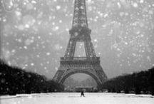 Snowing in Paris ❄