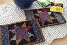 Free Quilt Patterns / Make a cute little quilt from one of these free patterns.