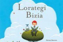 books kids/ libros niños / libros para los pequeños de la casa