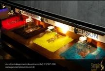 Evento Corporativo - Campanha publicitária / Evento para 150 clientes onde foi apresentada campanha publicitária da empresa. Casa noturna com toda a decoração, coquetel e brindes para clientes.