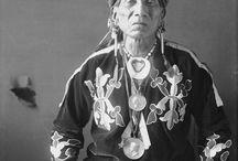 Otoe-Missouria style beadwork / by Kiowa 5