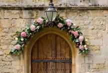 Flower Arches / A fabulous flower feature for any style of wedding